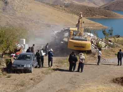 تخریب 5 واحد ساختمان در حریم سد مخزنی گاوشان